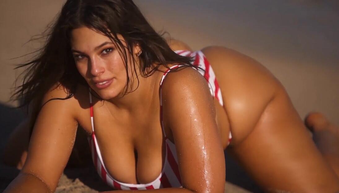 Magnifique modèle grande taille - Ashley Graham